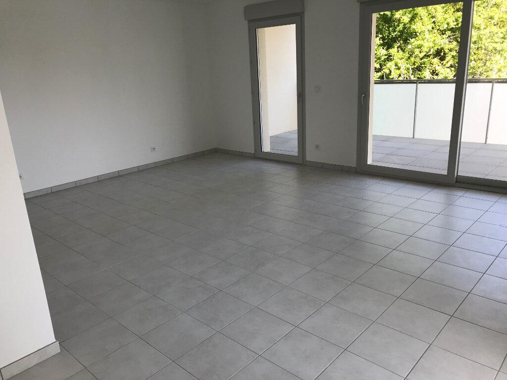 Appartement à louer 3 76m2 à Veigy-Foncenex vignette-3