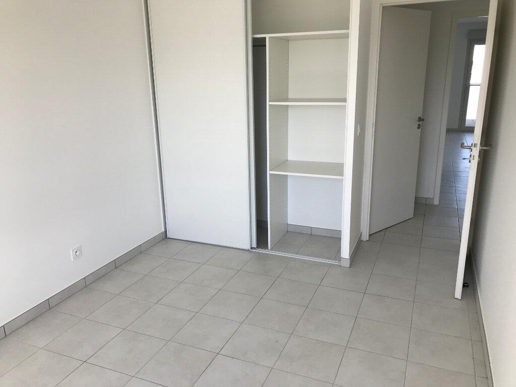 Appartement à louer 3 76m2 à Veigy-Foncenex vignette-4