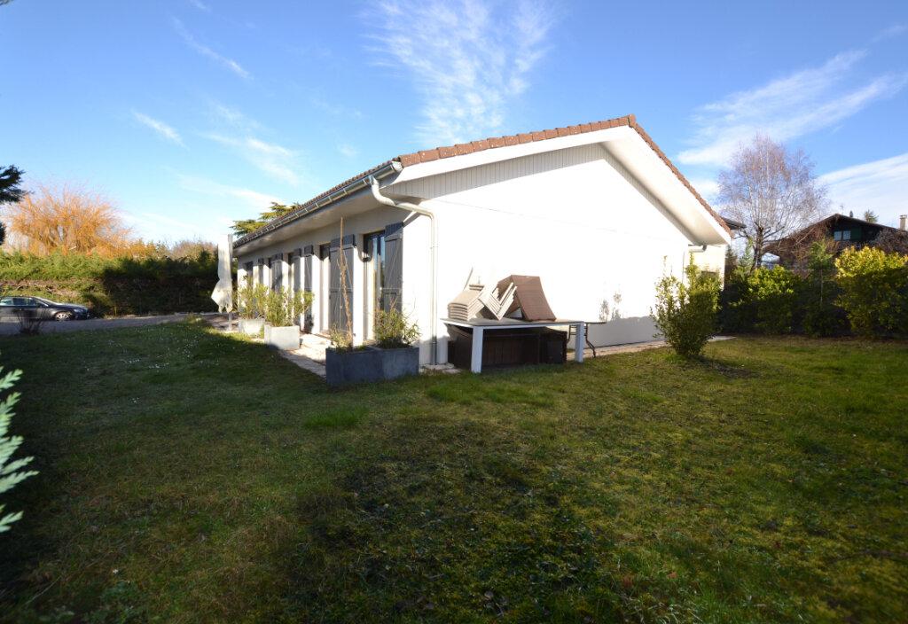 Maison à louer 4 105m2 à Veigy-Foncenex vignette-4