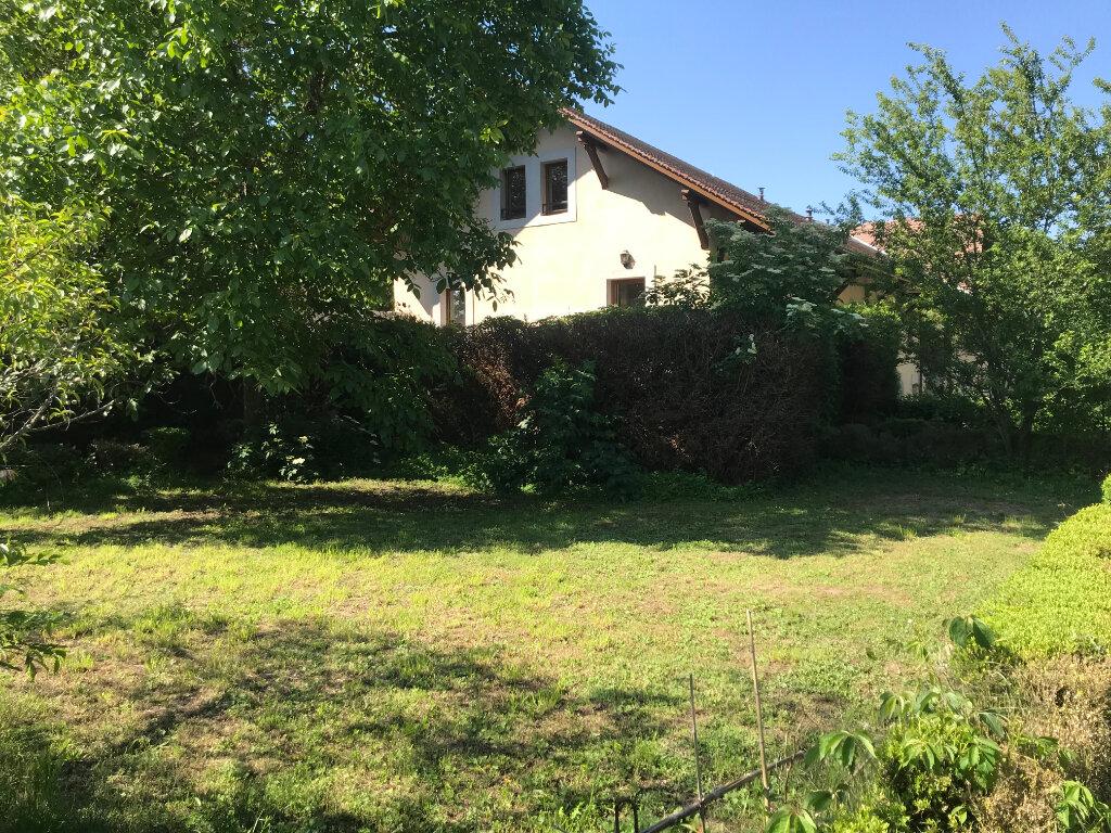 Appartement à louer 4 106m2 à Chens-sur-Léman vignette-2