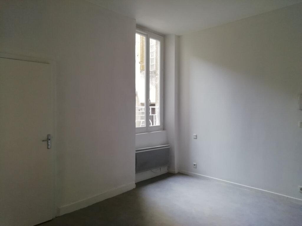 Appartement à louer 1 36.23m2 à Mont-de-Marsan vignette-3