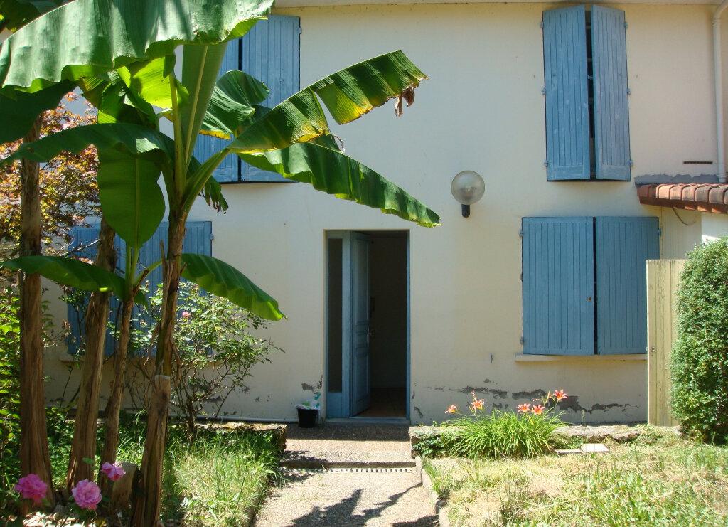 Maison à louer 6 128m2 à Mont-de-Marsan vignette-2
