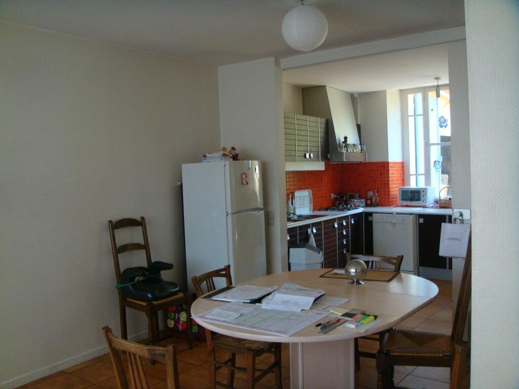 Maison à louer 6 128m2 à Mont-de-Marsan vignette-5