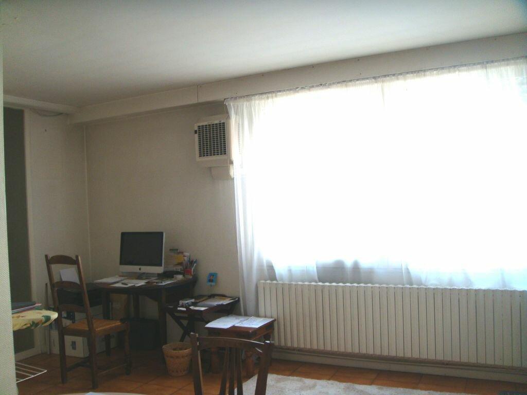 Maison à louer 6 128m2 à Mont-de-Marsan vignette-8