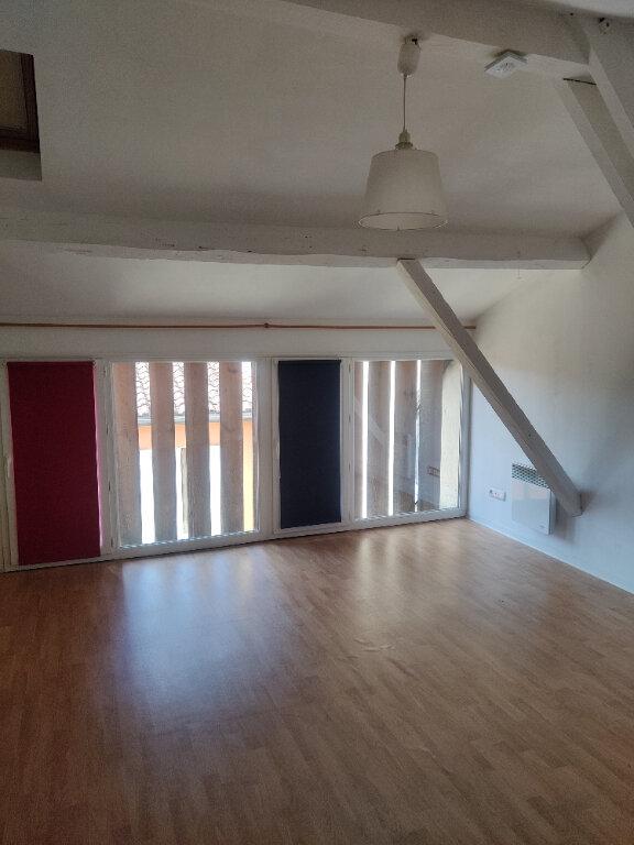 Appartement à louer 1 24m2 à Mont-de-Marsan vignette-2