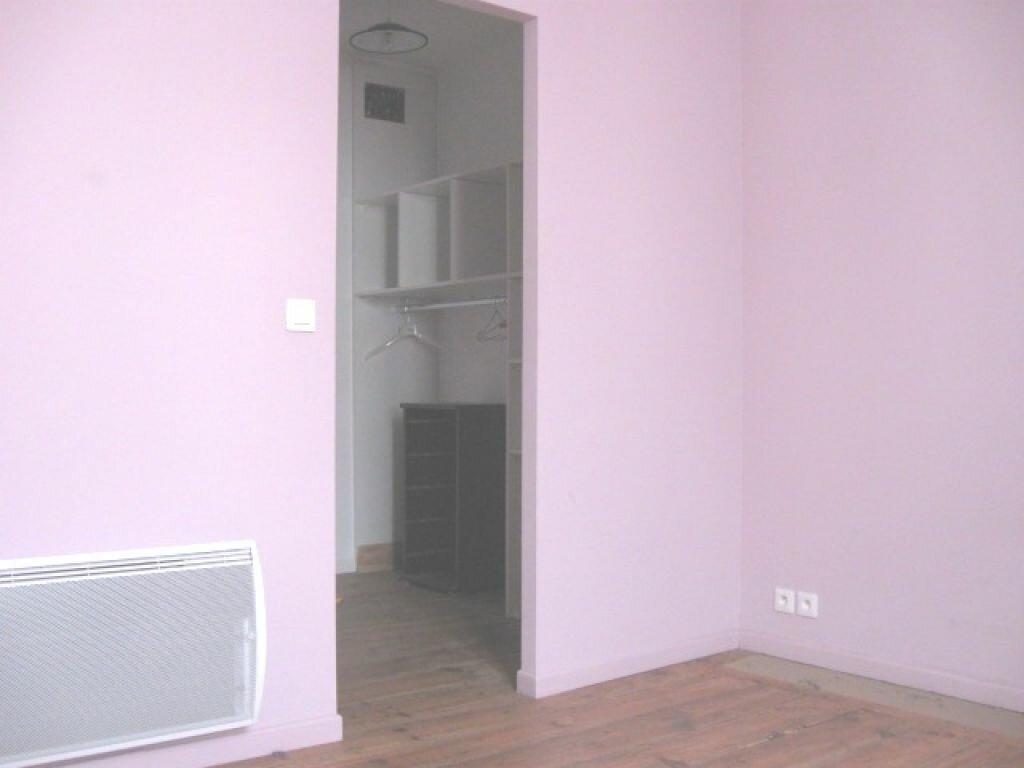 Appartement à louer 2 36m2 à Mont-de-Marsan vignette-3