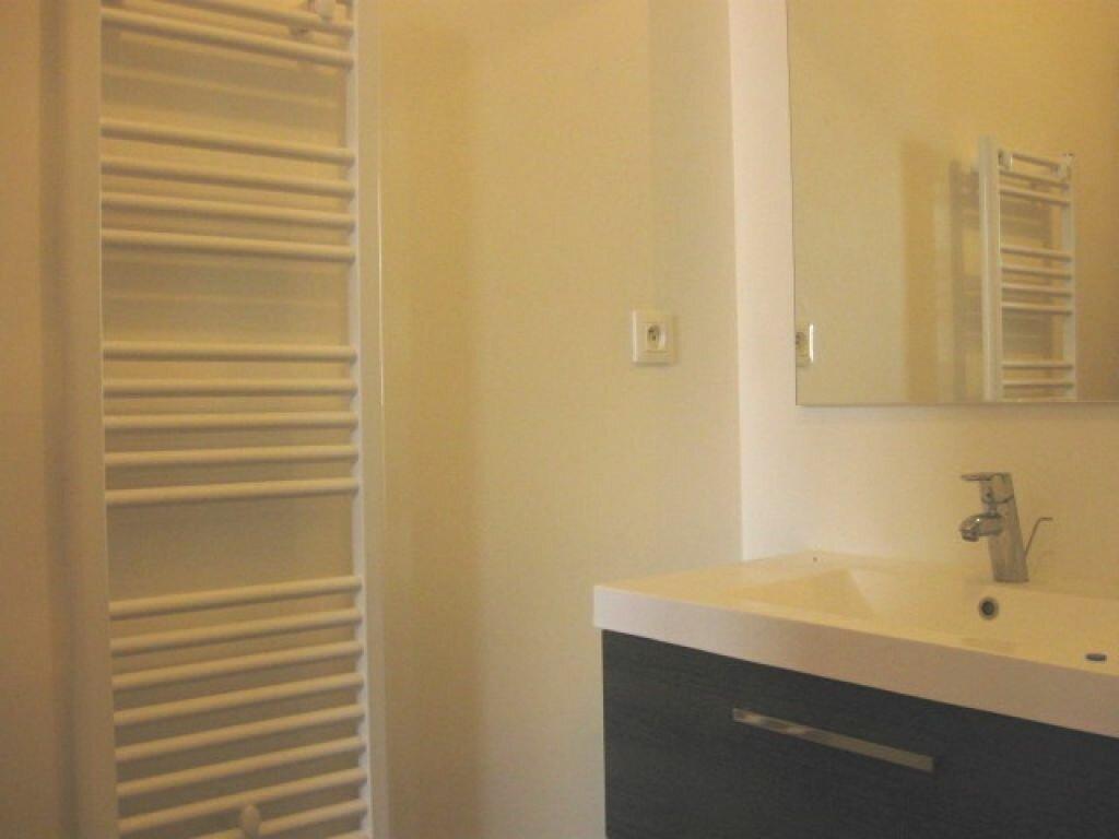 Appartement à louer 2 36m2 à Mont-de-Marsan vignette-6