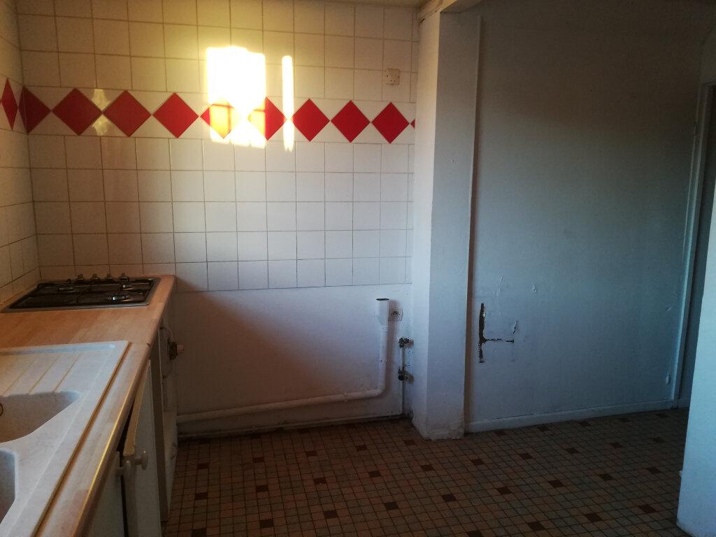 Maison à louer 4 80m2 à Morcenx vignette-11
