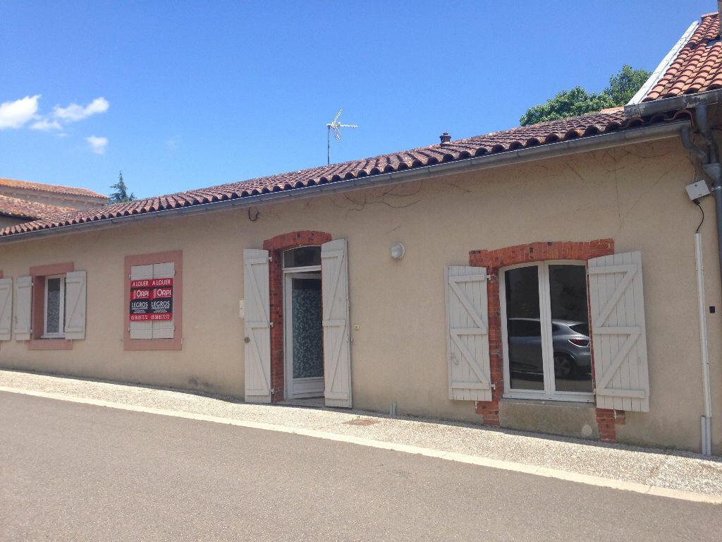 Maison à louer 4 100m2 à Pouydesseaux vignette-1