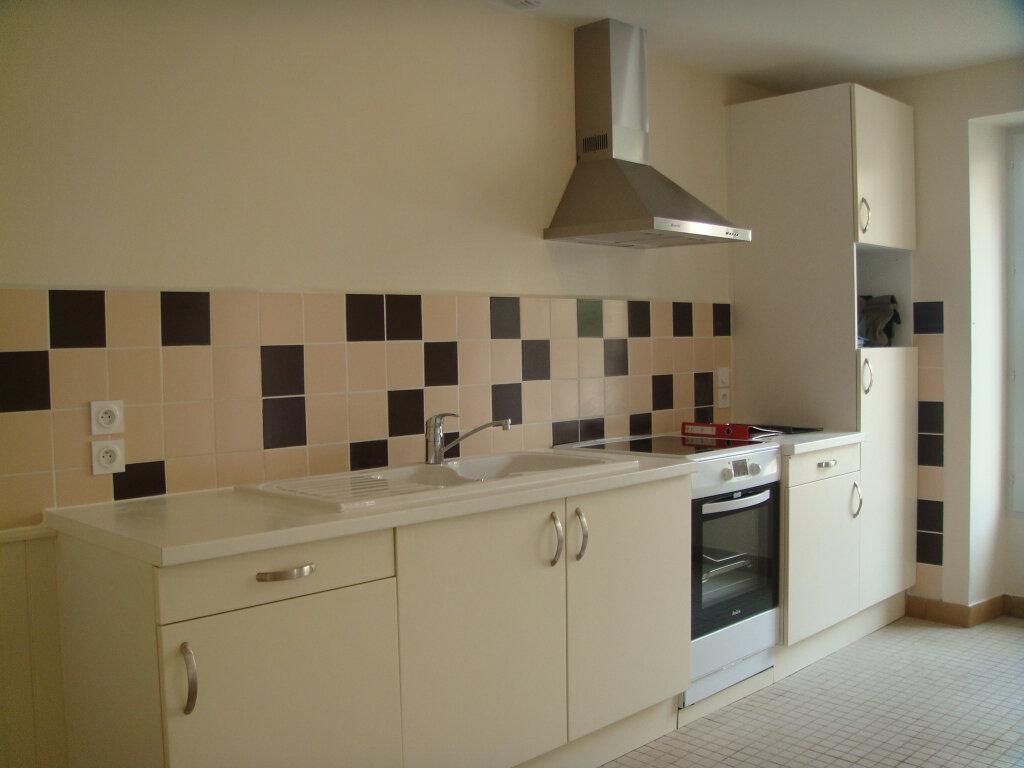 Maison à louer 4 100m2 à Pouydesseaux vignette-2