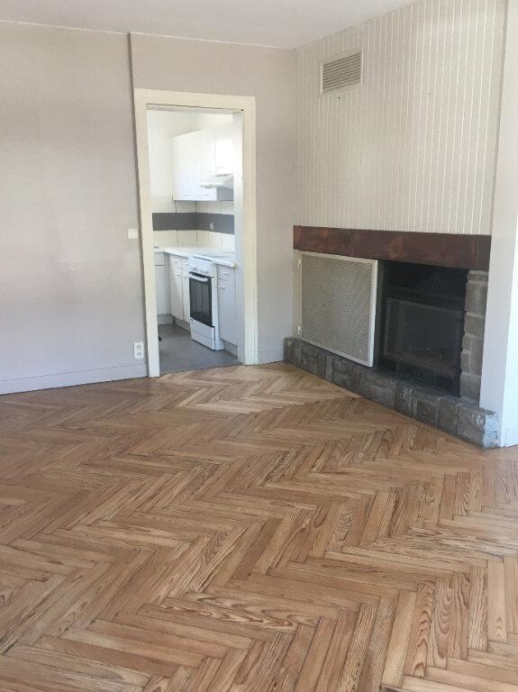 Maison à louer 4 96m2 à Mont-de-Marsan vignette-1