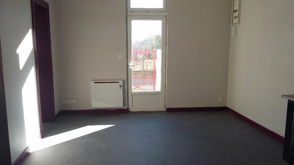 Appartement à louer 3 48.5m2 à Morcenx vignette-2