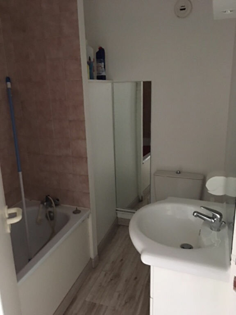 Appartement à louer 2 35m2 à Mont-de-Marsan vignette-2