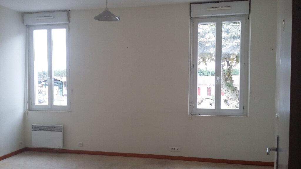 Appartement à louer 1 26m2 à Morcenx vignette-2