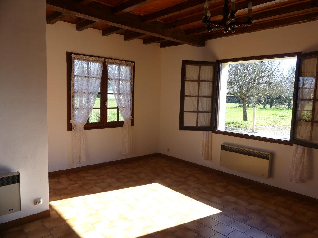 Maison à louer 4 93m2 à Gabarret vignette-4