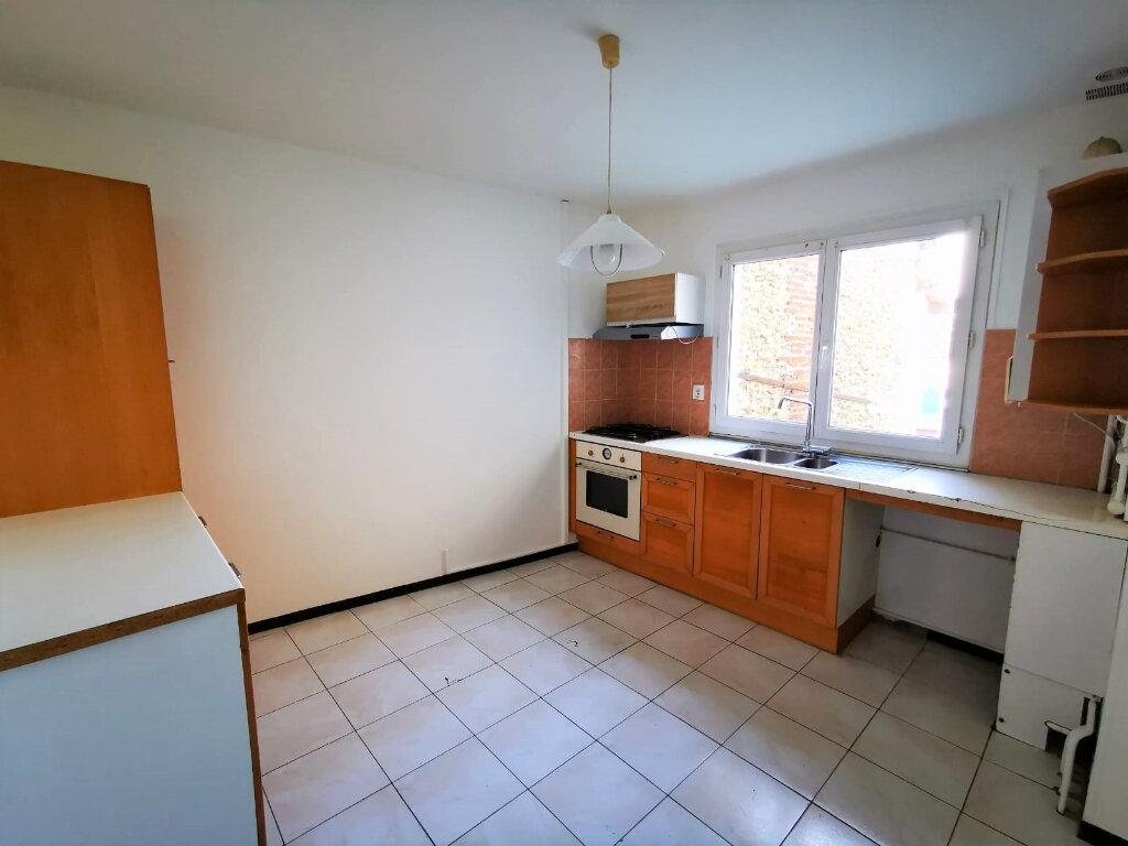 Appartement à vendre 2 53.86m2 à Mont-de-Marsan vignette-1