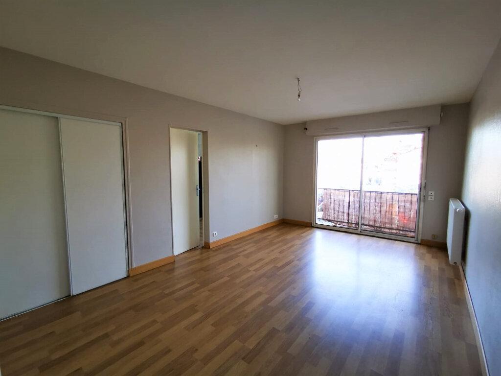 Appartement à vendre 2 53.86m2 à Mont-de-Marsan vignette-2