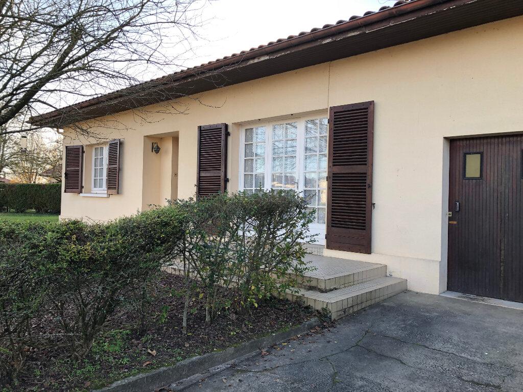 Maison à louer 3 80m2 à Saint-Sever vignette-1