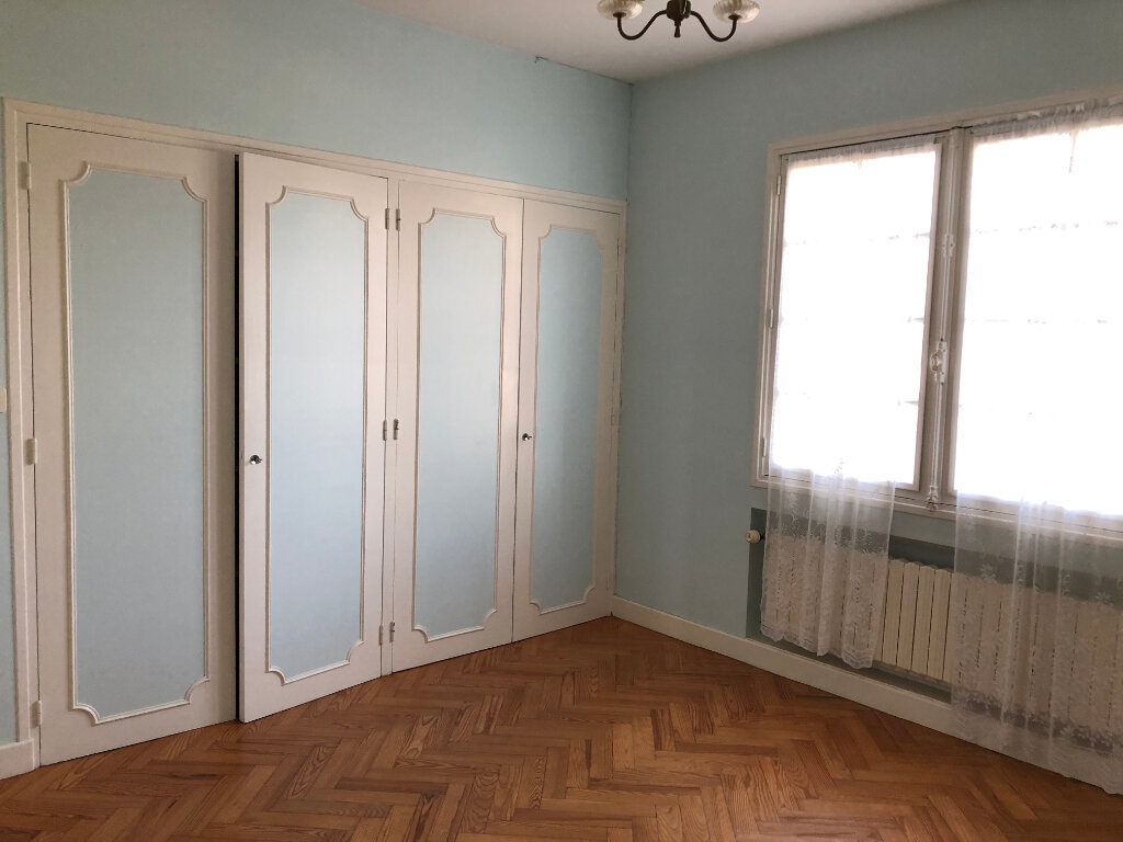 Maison à louer 3 80m2 à Saint-Sever vignette-4