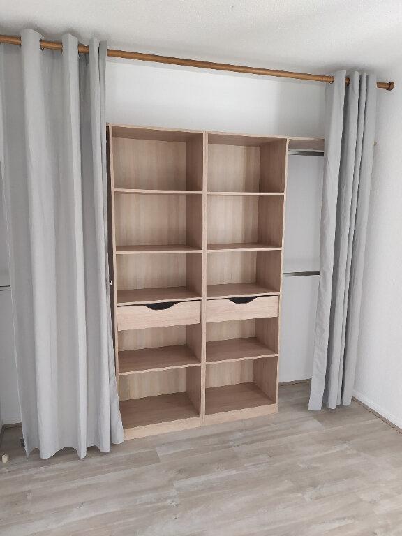 Appartement à louer 2 44m2 à Mont-de-Marsan vignette-3