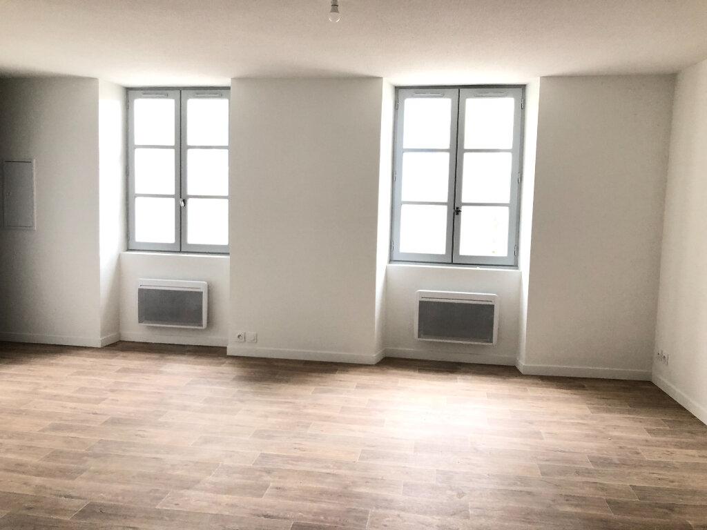 Appartement à louer 1 33m2 à Saint-Sever vignette-2