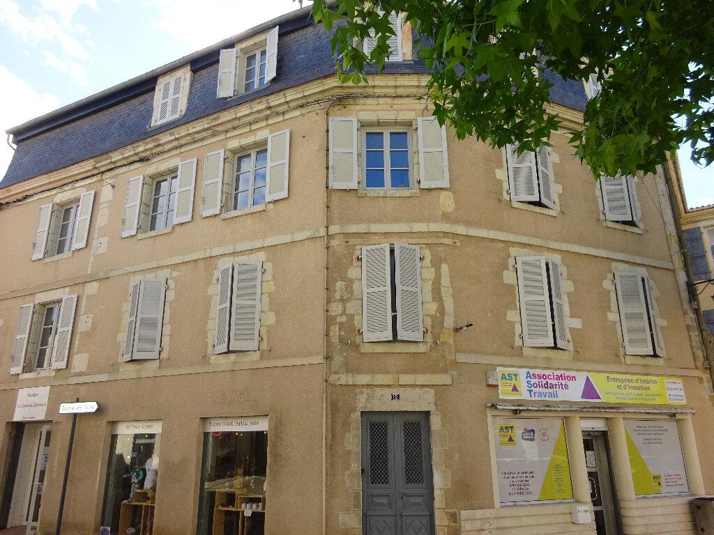 Appartement à louer 1 33m2 à Saint-Sever vignette-5
