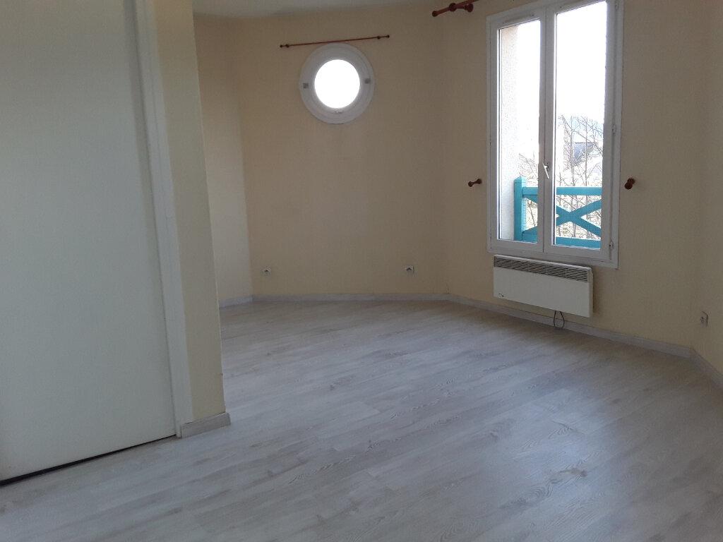 Appartement à louer 2 37.11m2 à Pont-l'Évêque vignette-2