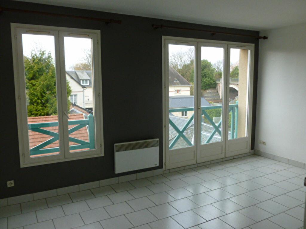 Appartement à louer 2 50.43m2 à Pont-l'Évêque vignette-2