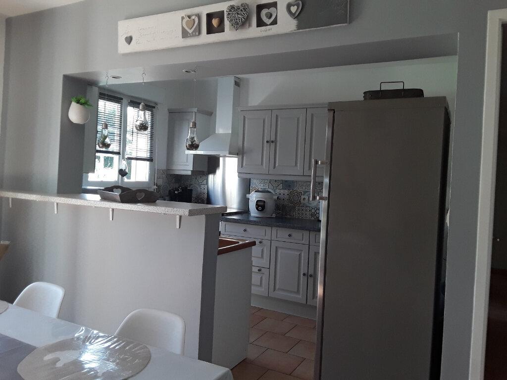 Maison à louer 4 85m2 à Reux vignette-2