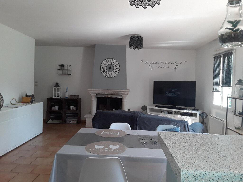 Maison à louer 4 85m2 à Reux vignette-3