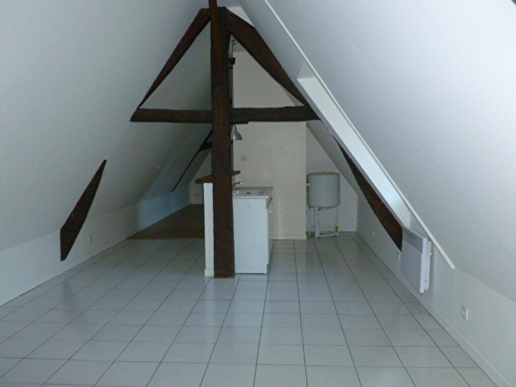 Appartement à louer 2 38m2 à Pont-l'Évêque vignette-1