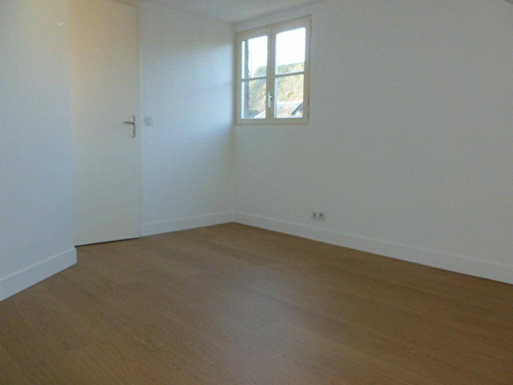 Appartement à louer 2 38m2 à Pont-l'Évêque vignette-4