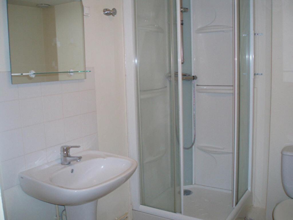 Appartement à louer 2 38m2 à Pont-l'Évêque vignette-6