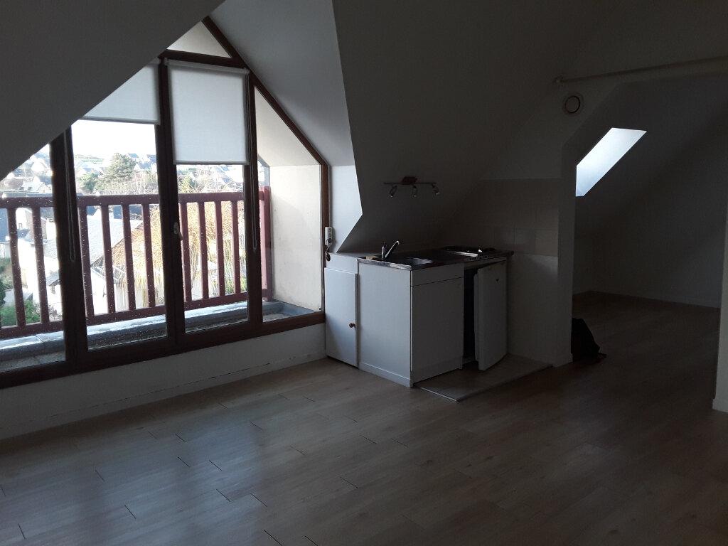 Appartement à louer 2 27m2 à Pont-l'Évêque vignette-2