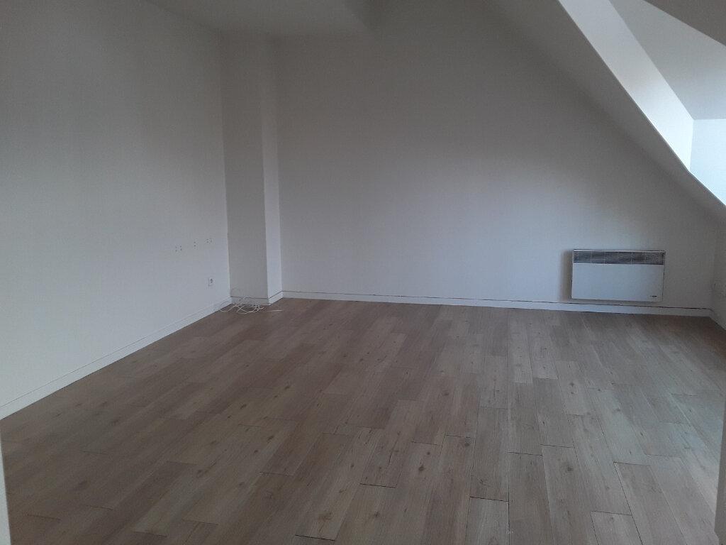 Appartement à louer 2 27m2 à Pont-l'Évêque vignette-3