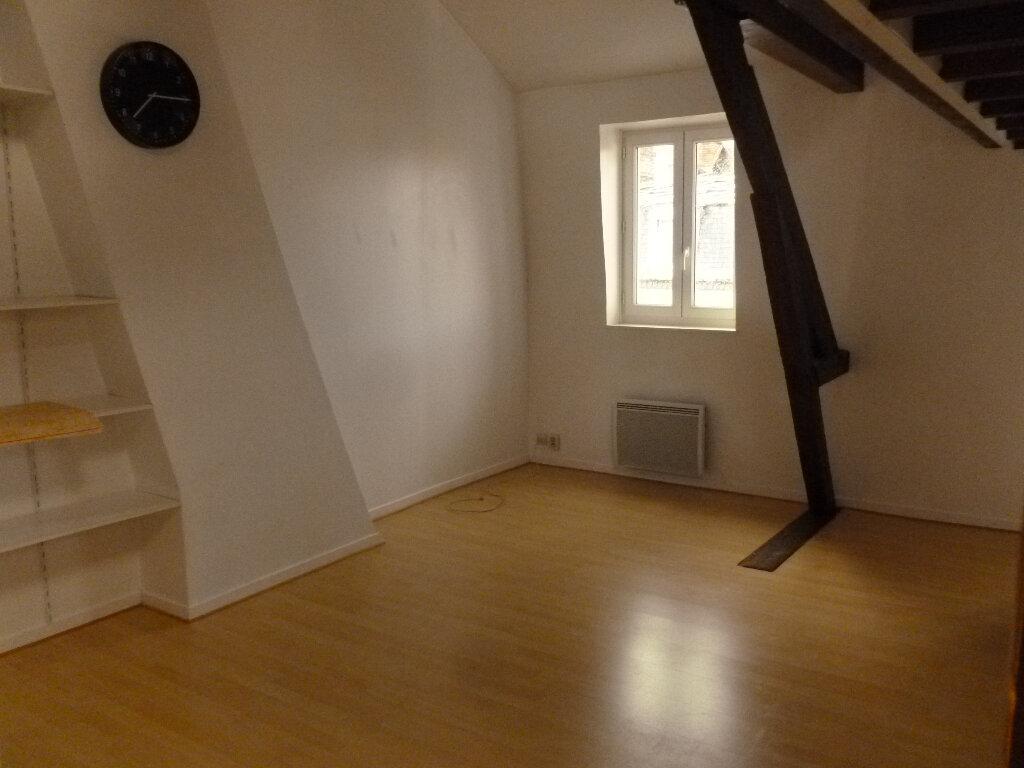 Appartement à louer 2 28.3m2 à Pont-l'Évêque vignette-1