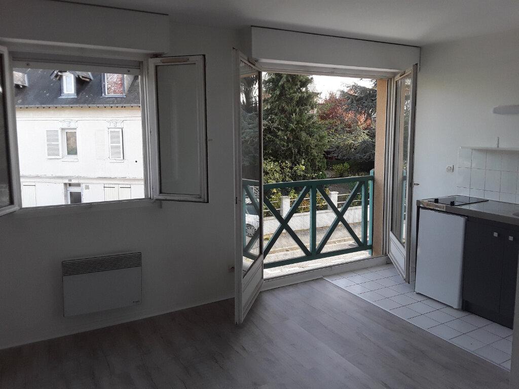 Appartement à louer 1 19m2 à Pont-l'Évêque vignette-1