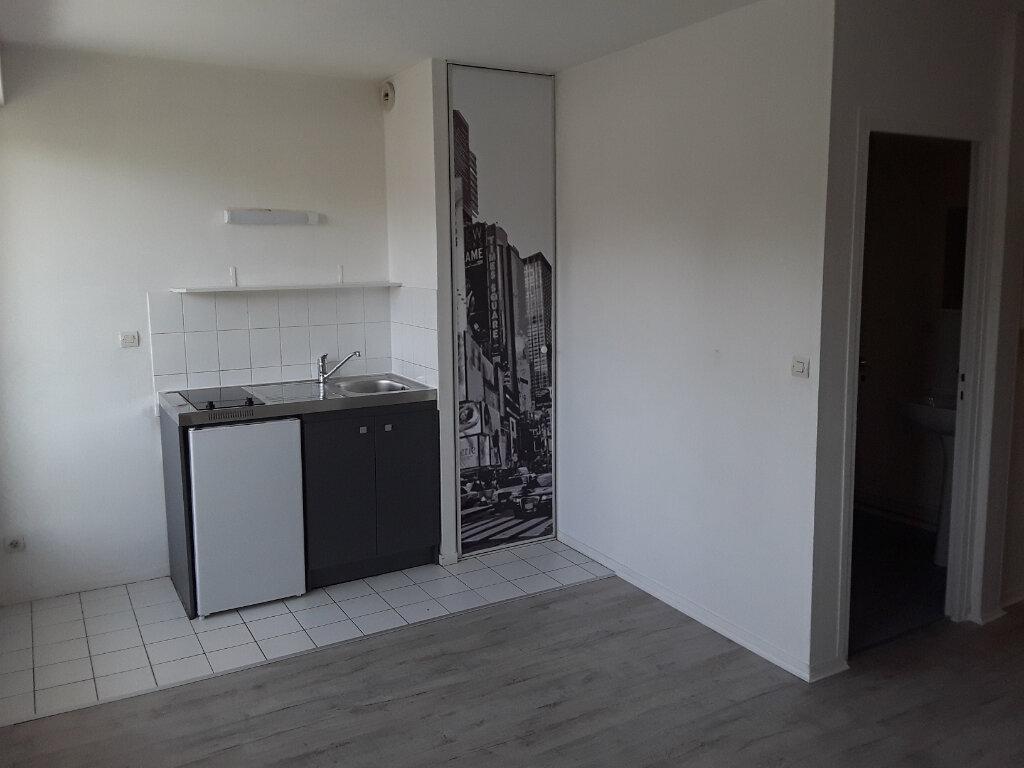 Appartement à louer 1 19m2 à Pont-l'Évêque vignette-2