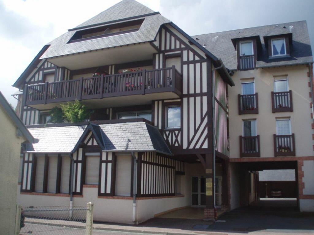 Appartement à louer 3 62.37m2 à Pont-l'Évêque vignette-1