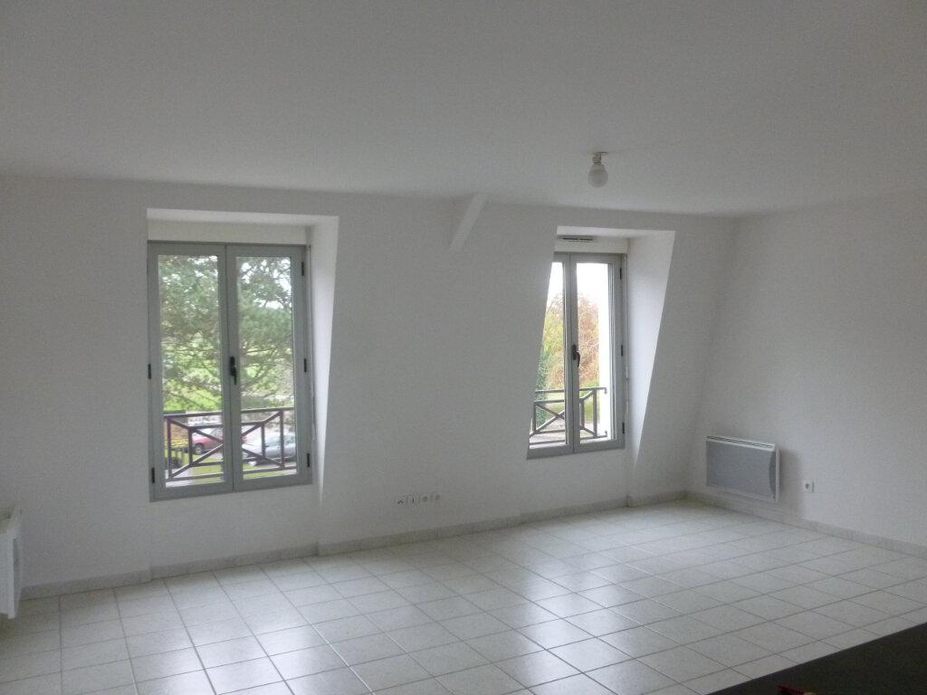 Appartement à louer 3 54m2 à Pont-l'Évêque vignette-1