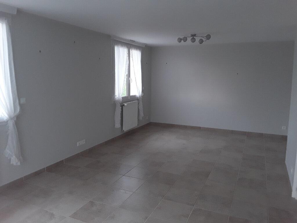 Maison à louer 4 95.77m2 à Surville vignette-3