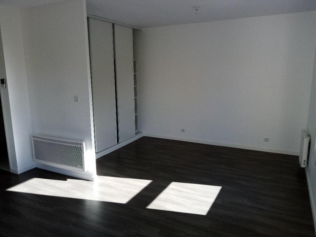 Appartement à louer 1 34.46m2 à Pont-l'Évêque vignette-3