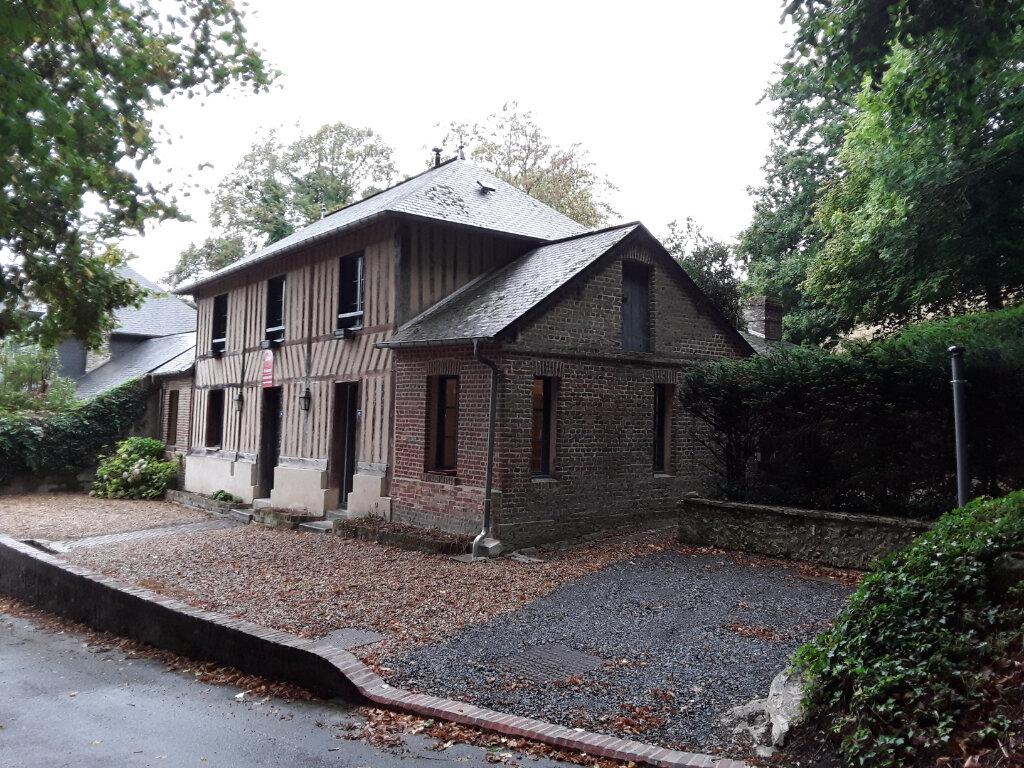 Maison à louer 4 108.98m2 à Saint-André-d'Hébertot vignette-1