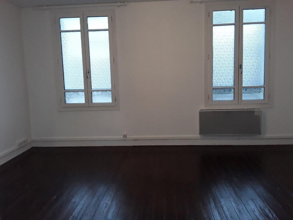 Appartement à louer 1 19.14m2 à Pont-l'Évêque vignette-1