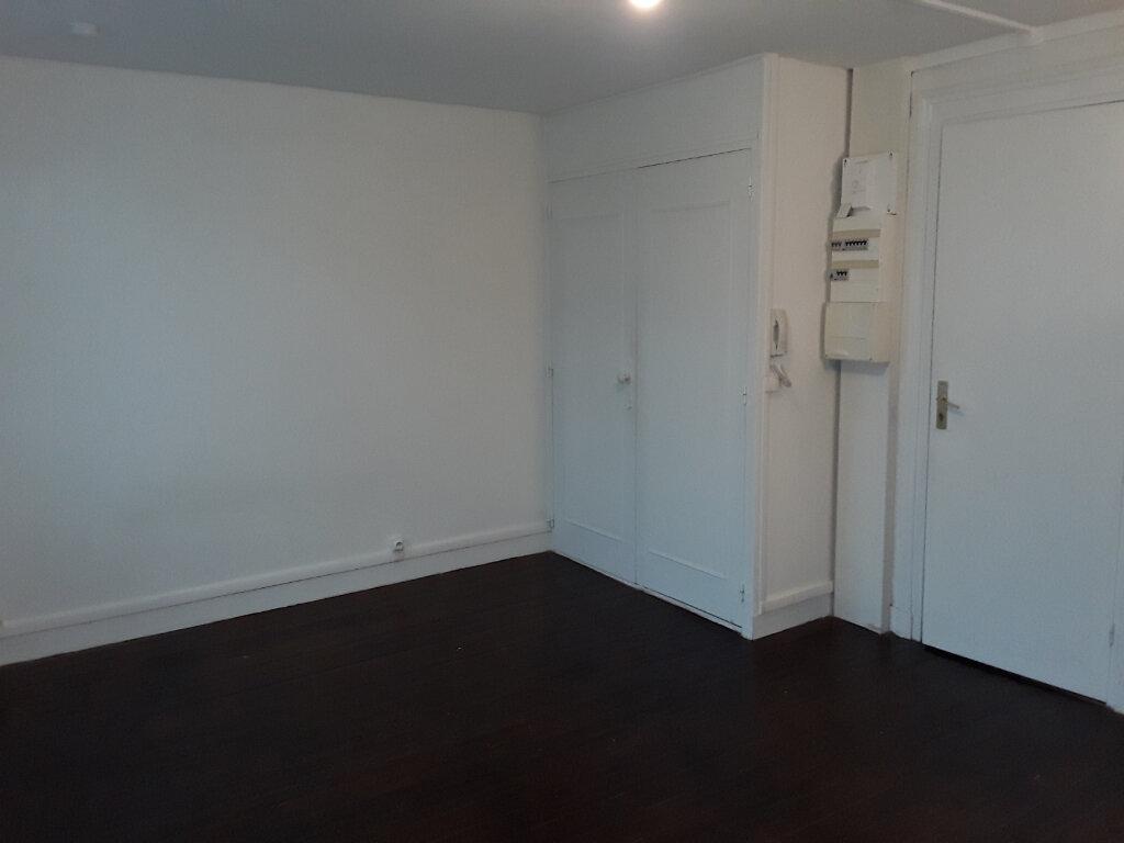 Appartement à louer 1 19.14m2 à Pont-l'Évêque vignette-3
