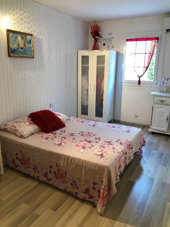 Appartement à vendre 3 70m2 à Fréjus vignette-4