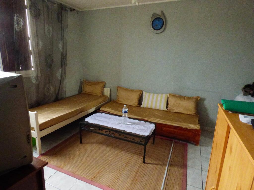 Appartement à vendre 4 73m2 à Saint-Raphaël vignette-2