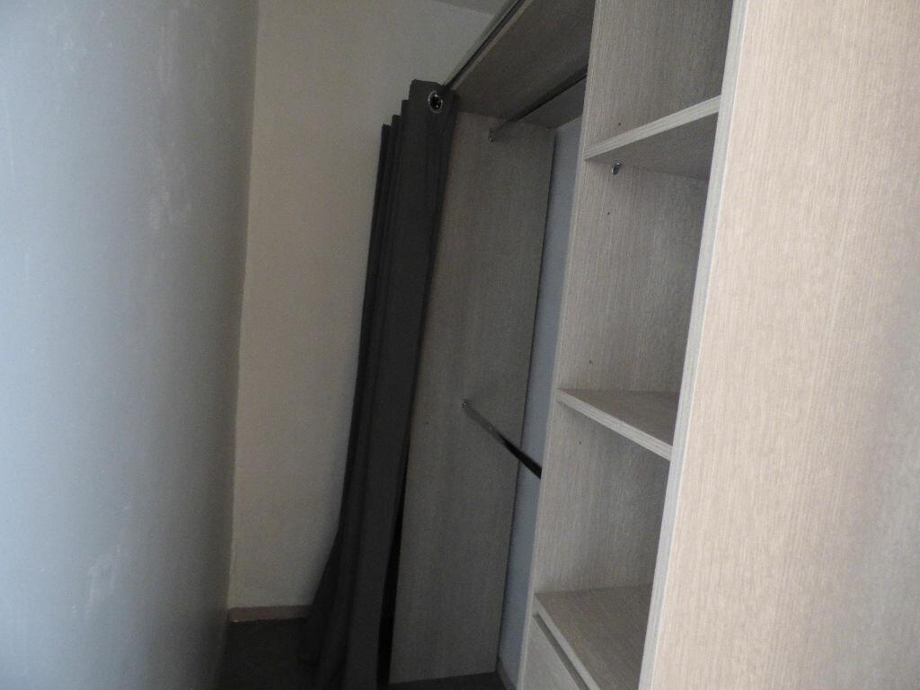 Appartement à vendre 3 54m2 à Fréjus vignette-3