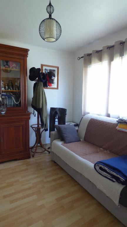 Appartement à vendre 3 64m2 à Fréjus vignette-9