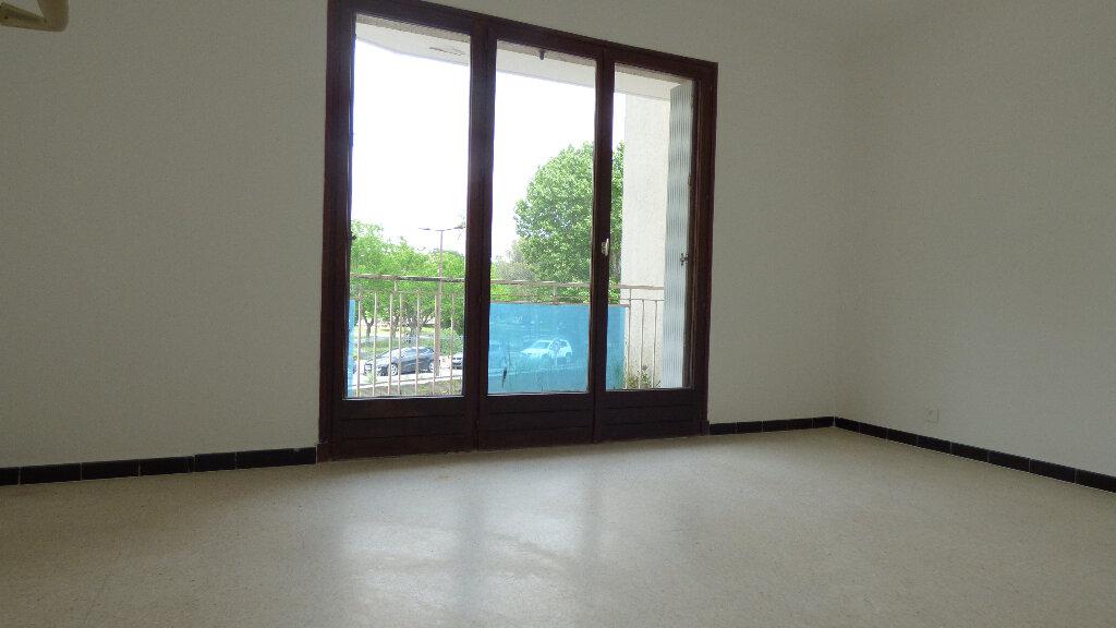 Appartement à vendre 4 100m2 à Fréjus vignette-6